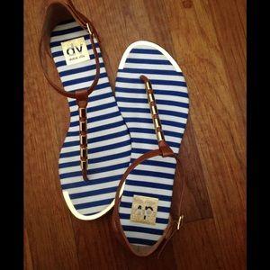 Dolce Vita sandals NWOB